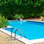 Cómo mantener el agua de tu piscina durante una ola de calor